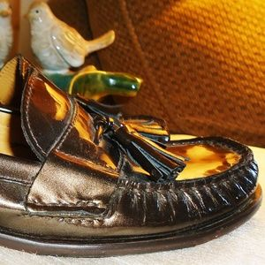 COLE HAAN BRONZE PATENT LEATHER TASSEL LOAFERS